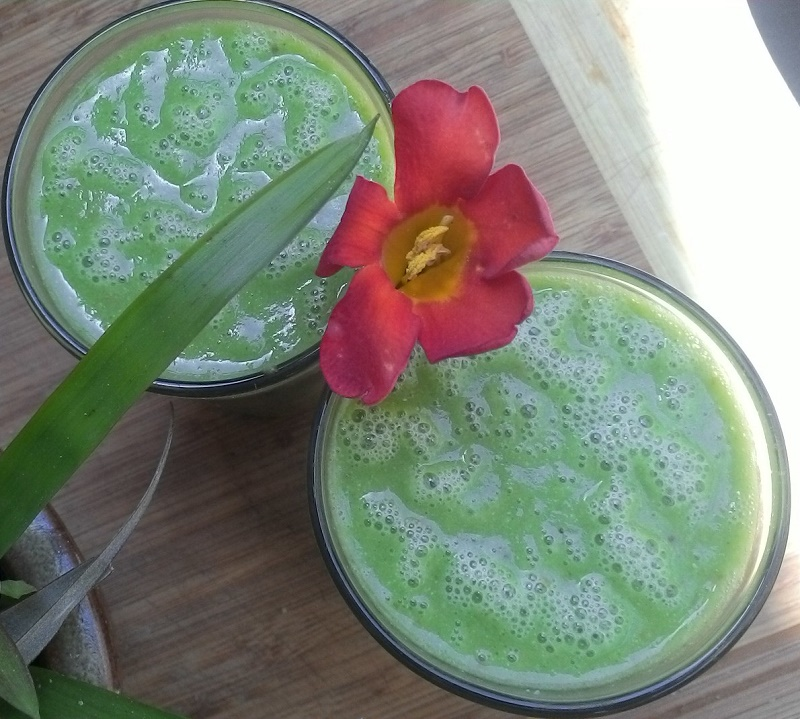 pineapple spinach smoothie from the top