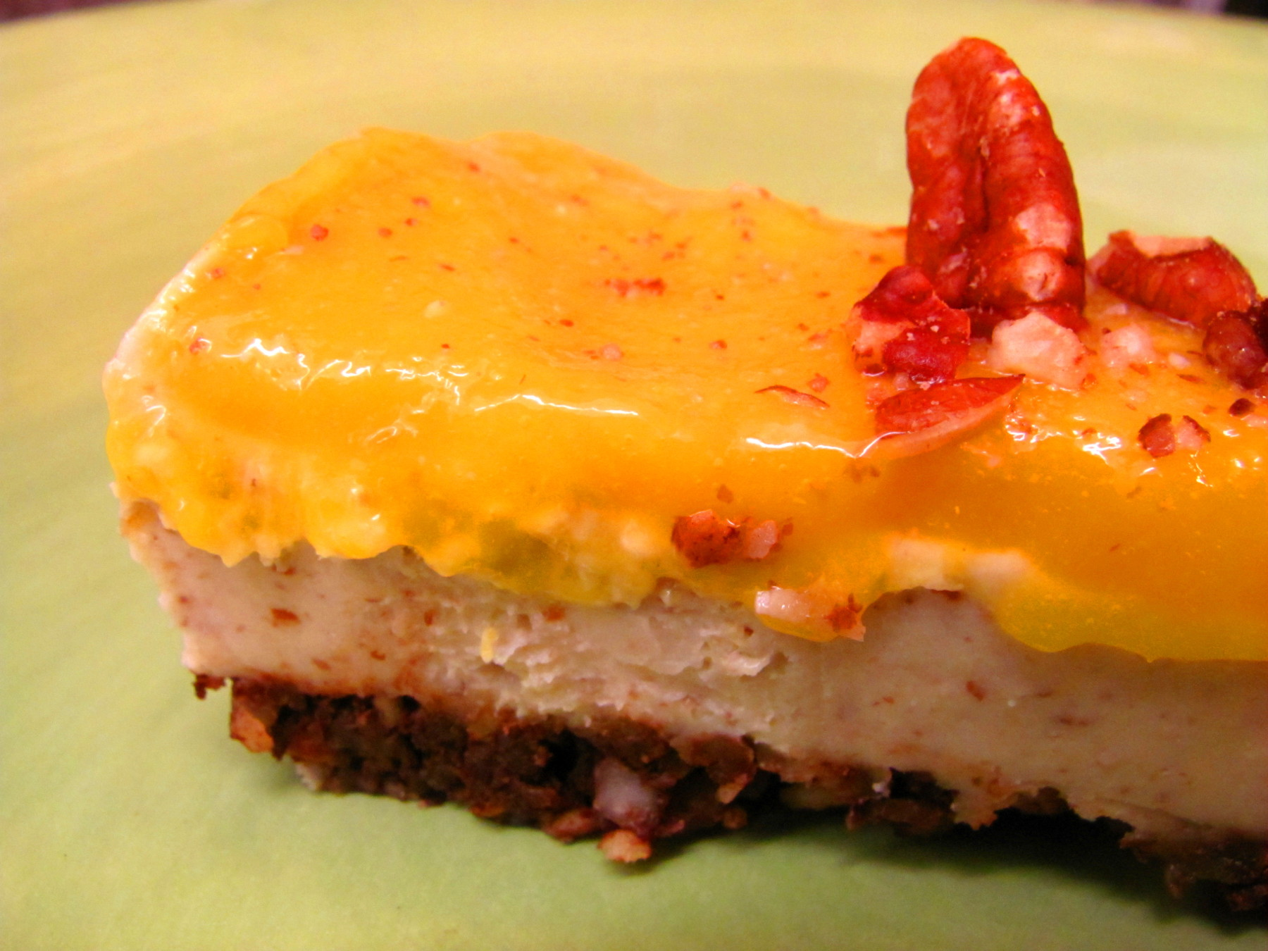cashew mango cheesecake slice raw vegan